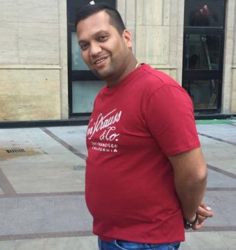 Nihil-Tayal_Businessman(Before)